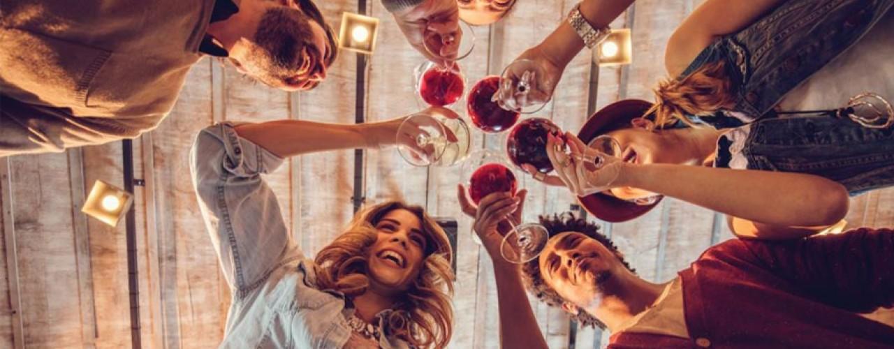 Reguli numai bune de încălcat când vine vorba despre vin