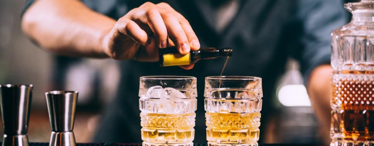 Cocktailuri pe bază de ROM
